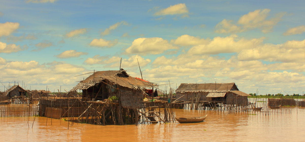 Kampong Pluk village on the Tonle Sap