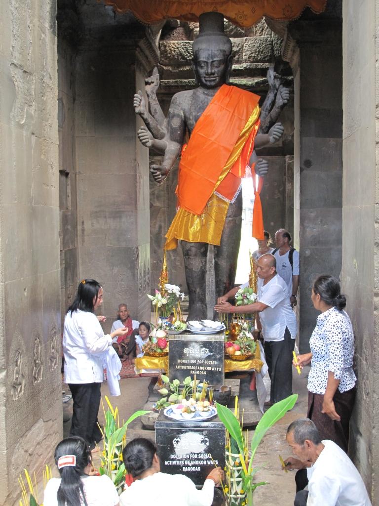 Talk Travel Asia: Episode 61 Interesting Asian Holidays: Angkor Wat Ta Reach Ceremony: Photo by Trevor Ranges