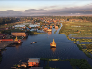 Balloon over Inle Lake, Myanmar Talk Travel Asia podcast