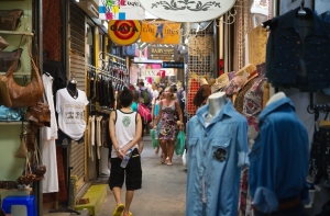Shopping in Asia on Talk Travel Asia podcast